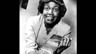 "Gwendolyn Brooks reads ""Kitchenette Building"""