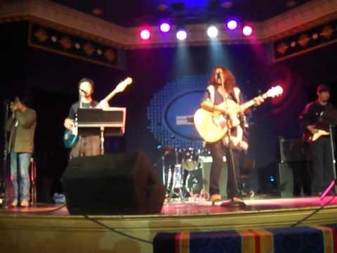 Video DAHON Lolita carbon jr. sings asin songs 04202011 009.MP4 download in MP3, 3GP, MP4, WEBM, AVI, FLV January 2017