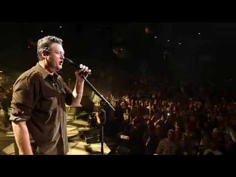 BLAKE SHELTON'S NEW VIDEO FOR