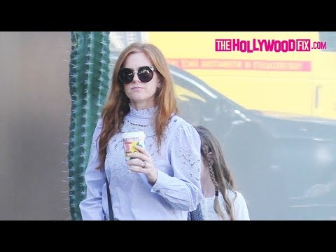 Isla Fisher Steps Out With Her Family For Drinks & Shopping On Melrose Place In West Hollywood
