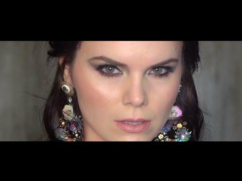 'Pa ty' kënga e parë shqipe nga Tringa Rexhepi (Video)