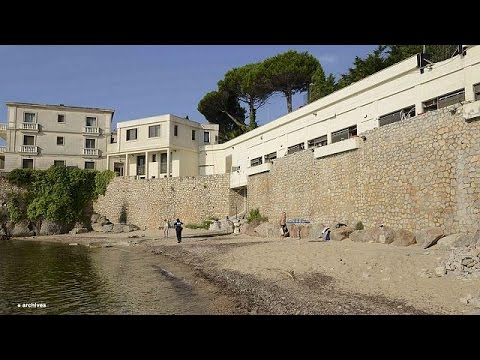 Γαλλία: Οργή για το κλείσιμο παραλίας για χάρη του βασιλιά της Σαουδικής Αραβίας