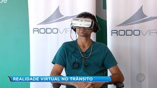 Óculos de realidade virtual mostra situações de risco no trânsito