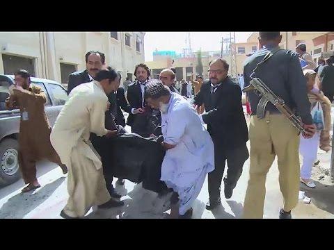 Πακιστάν: Ταλιμπάν και ΙΚΙΛ ερίζουν για το μακελειό στην Κουέτα