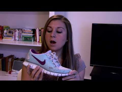 how to fit running sneakers