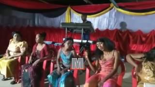 Bendi ya Mashauzi Classic inayoongozwa na Isha Mashauzi imetoa burudani katika ukumbi wa Mango Garden Kinondoni jijini Dar es Saaam katika onyesho walilolipa...