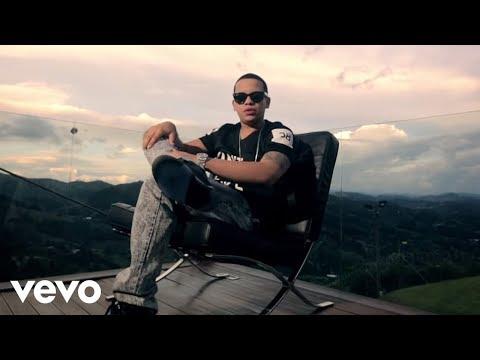 Un Poco Mas - J Alvarez (Video)