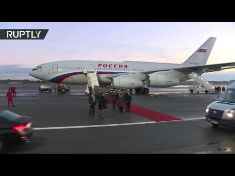Действия личной охраны во время прилета Путина в Берлин на встречу «Нормандской четверки» (видео)
