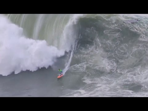 nic lamb - Nic Lamb (Santa Cruz, California, USA) drops in late, does a layback and recovers to earn a perfect score at the Punta Galea Challenge Big Wave Tour event on...