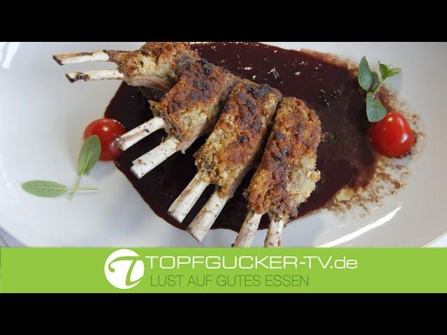 Hirschkarree mit Walnuss - Chilikruste in Rotwein - Cranberry - Sauce