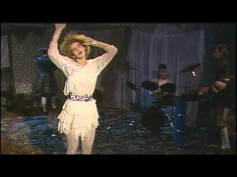 Tekst piosenki Valerie Dore - The Night po polsku