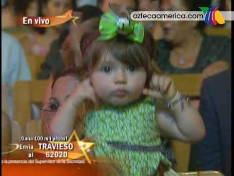 La hija del Travieso se tapó las orejas