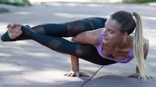 Video Yoga for Strength: Arm Balances & Inversions MP3, 3GP, MP4, WEBM, AVI, FLV Maret 2018