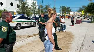 Video Palm beach Sheriff office intimidating a migrant worker MP3, 3GP, MP4, WEBM, AVI, FLV Oktober 2018