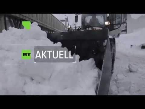 In den Schneemassen gefangen: Der kleine Ort Jachenau ...