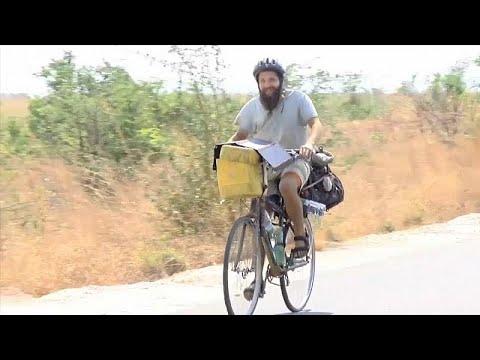 Από την Ελλάδα, ταξίδι στα πέρατα του κόσμου με το ποδήλατο…