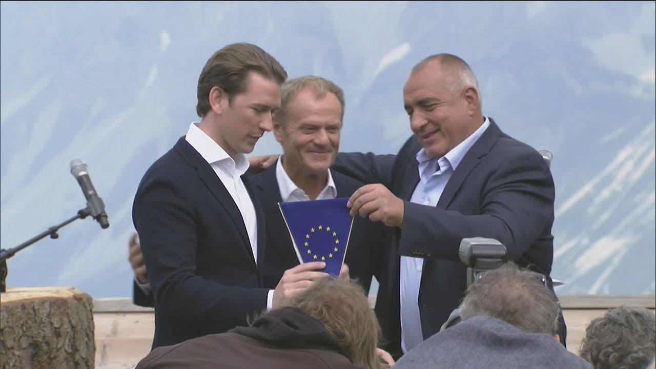 Η Αυστρία ανέλαβε την Προεδρία του Συμβουλίου της ΕΕ από τη Βουλγαρία