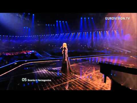 bósnia - Powered by http://www.eurovision.tv/ Bosnia & Herzegovina: Maya Sar - Korake Ti Znam live at the Grand Final of the 2012 Eurovision Song Contest.
