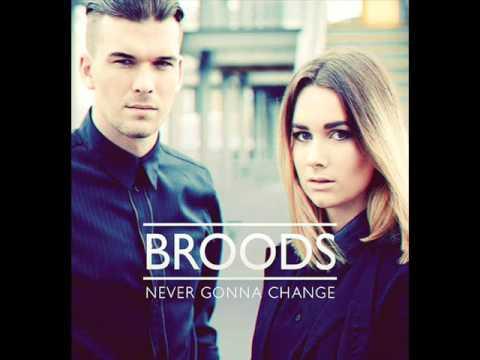 Broods - Never Gonna Change (LONE remix) with lyrics