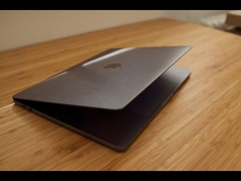 APPLE MacBook Pro MR942FN/A - 15 pouces Rétina avec Touch Bar - Intel Core i7