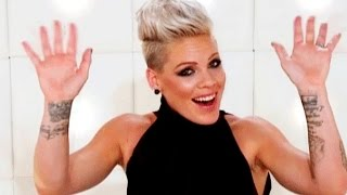 Download Lagu P!nk ↬ Best/ Funniest moments Mp3