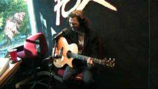 <b>Travis Meeks</b> Performs Shelf In The Room Live On 1017 The Fox