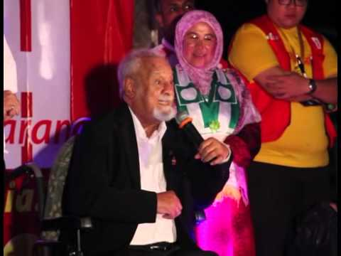Mahmud - Karpal Singh speech, 26th April 2013 Taman Wawasan Puchong. Video by Arvind Raj.