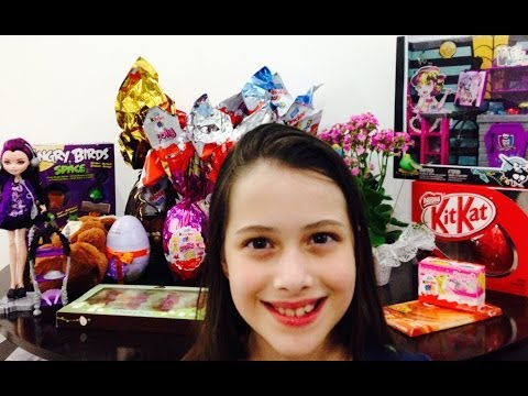 julia - Muita gente me pediu e nesse video mostro os presentes que ganhei na Páscoa/2014 e abro os alguns Kinder Ovos que ganhei. Musica: Festival - Biblioteca de Au...