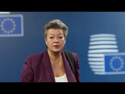 Ι. Γιόχανσον: Δεν είναι δυνατόν να ανασταλούν οι διαδικασίες ασύλου…
