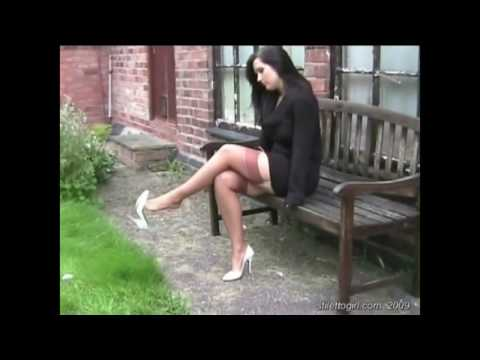 Video Stiletto Girl Donna in 3 types of High heels download in MP3, 3GP, MP4, WEBM, AVI, FLV January 2017