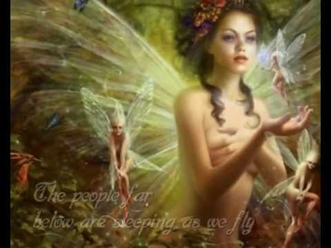 Celtic Women - Walking in the Air (lyrics)