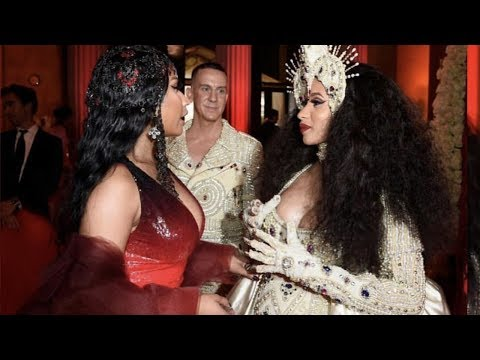 Cardi B & Nicki Minaj SQUASH THEIR BEEF 🙌🏼