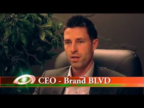 Owner's Manual – How to use social media to build your business – Chris Sinclair, CEO Brand Blvd.