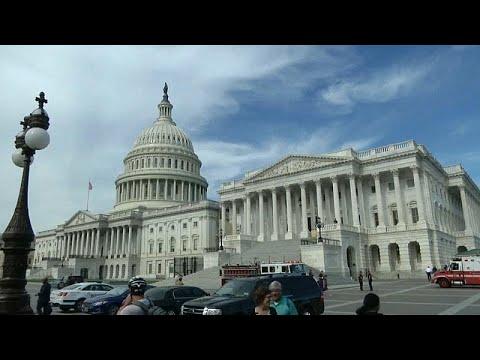 Αγωνία στις ΗΠΑ λίγο πριν «μιλήσουν» οι κάλπες των ενδιάμεσων εκλογών…