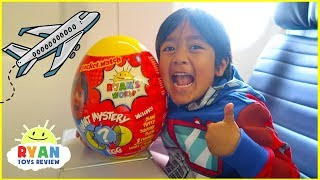 Video Ryan Opening Giant Surprise Egg Toy on the airplane!!! MP3, 3GP, MP4, WEBM, AVI, FLV Agustus 2018