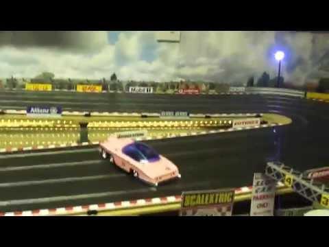 Scalextric/Slot car racing - Thunderbird - FAB 1 Pink Rolls Royce.