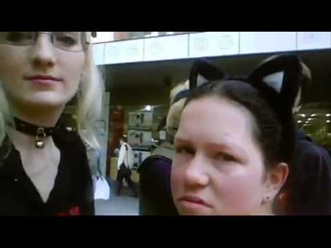 Overconfident Nerds at an Anime Convention (видео)