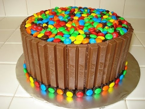 Kit Kat & M&M Cake – HOW TO VIDEO
