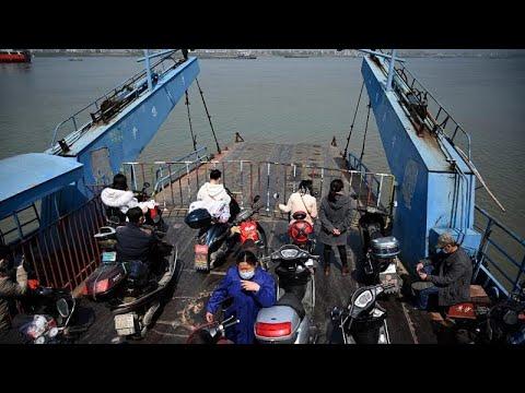 COVID-19:Λιγότερα τα κρούσματα σε Κίνα και Νότια Κορέα