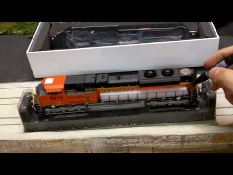 Athearn Genesis SD70ACe Review