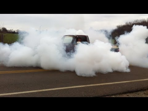 1984 Chevy C10 burnout