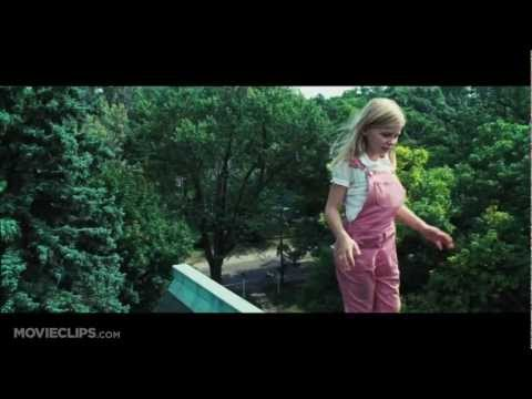 Chloe Moretz - The Amityville Horror - CLIP - Chelsea's on the Roof! (2005)