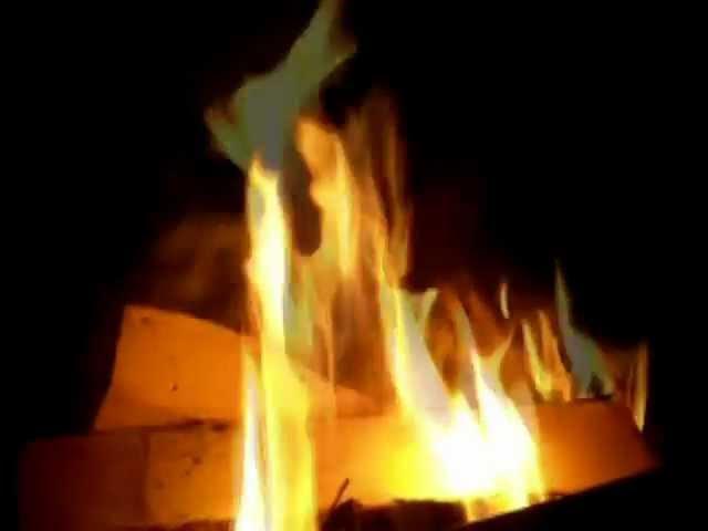 Скачать песня русский парень в огне не горит