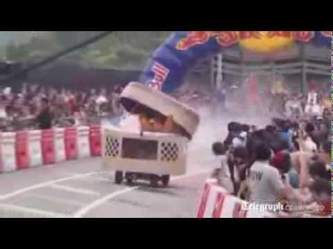 Giải đua xe tự chế vui nhộn ở Hong Kong