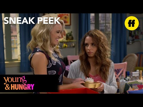 Young & Hungry | Season 5, Episode 2 Sneak Peek: Sofia Hates Valentine's Day | Freeform