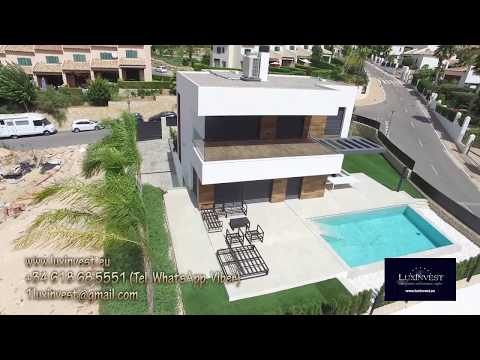 ¡Villa de lujo en la urbanización de Sierra Cortina! ¡Casa en España, en un estilo moderno!