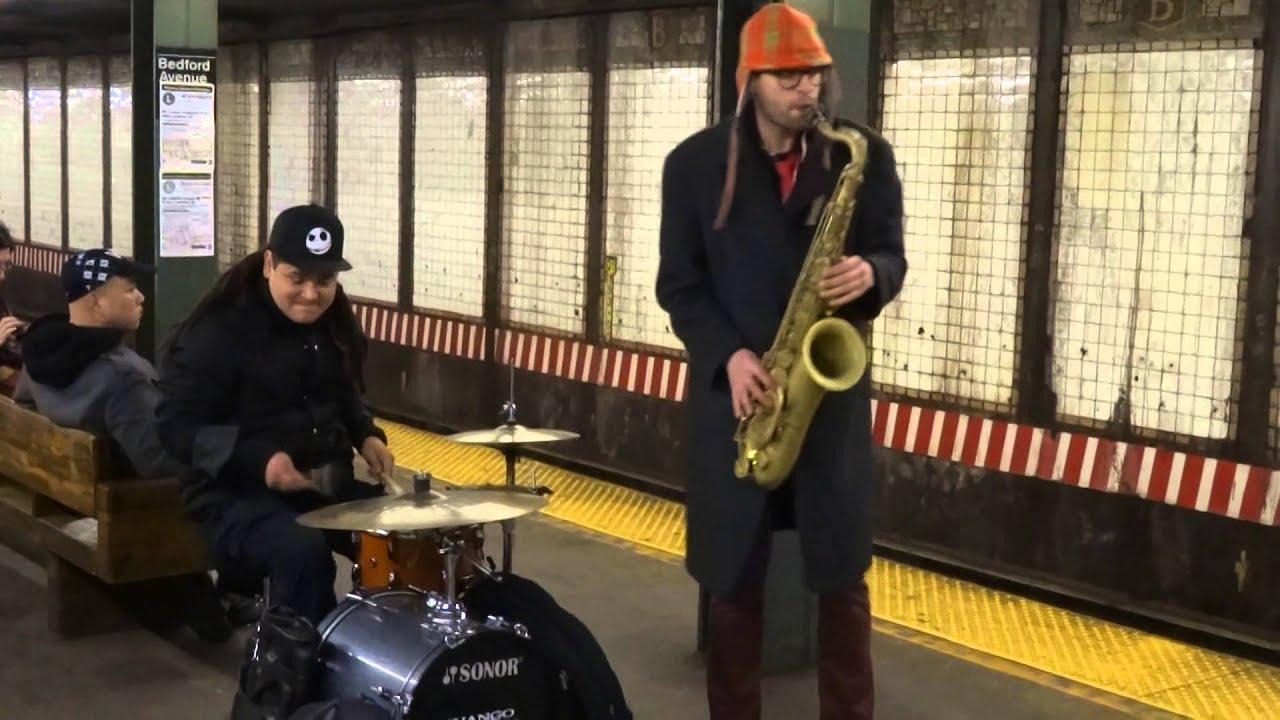 Utcazene – a New Yorki metróban