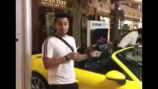 Video Kriss Hatta belanja gandeng Cewek Cantik MP3, 3GP, MP4, WEBM, AVI, FLV September 2018