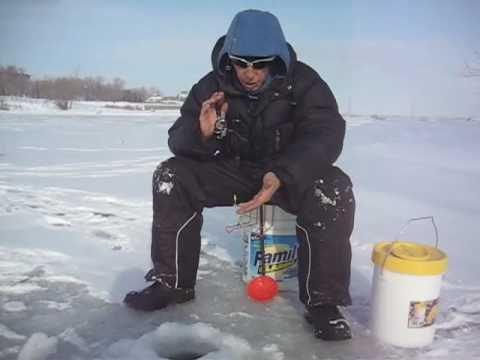 Pêcher ses ménés soi-même en hiver
