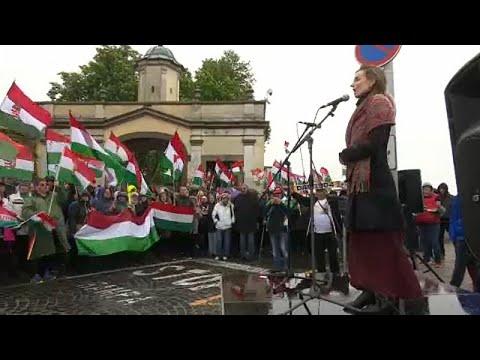 Slowakei: Verärgerte Ungarn protestieren und singen u ...